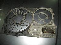 Диффузор вентилятора VW Transporter T5 03-10