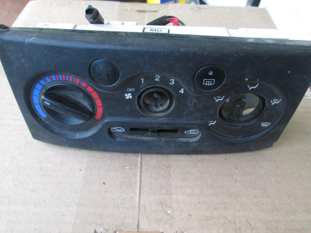 Панель блок управления печкой Chevrolet Aveo 03-08