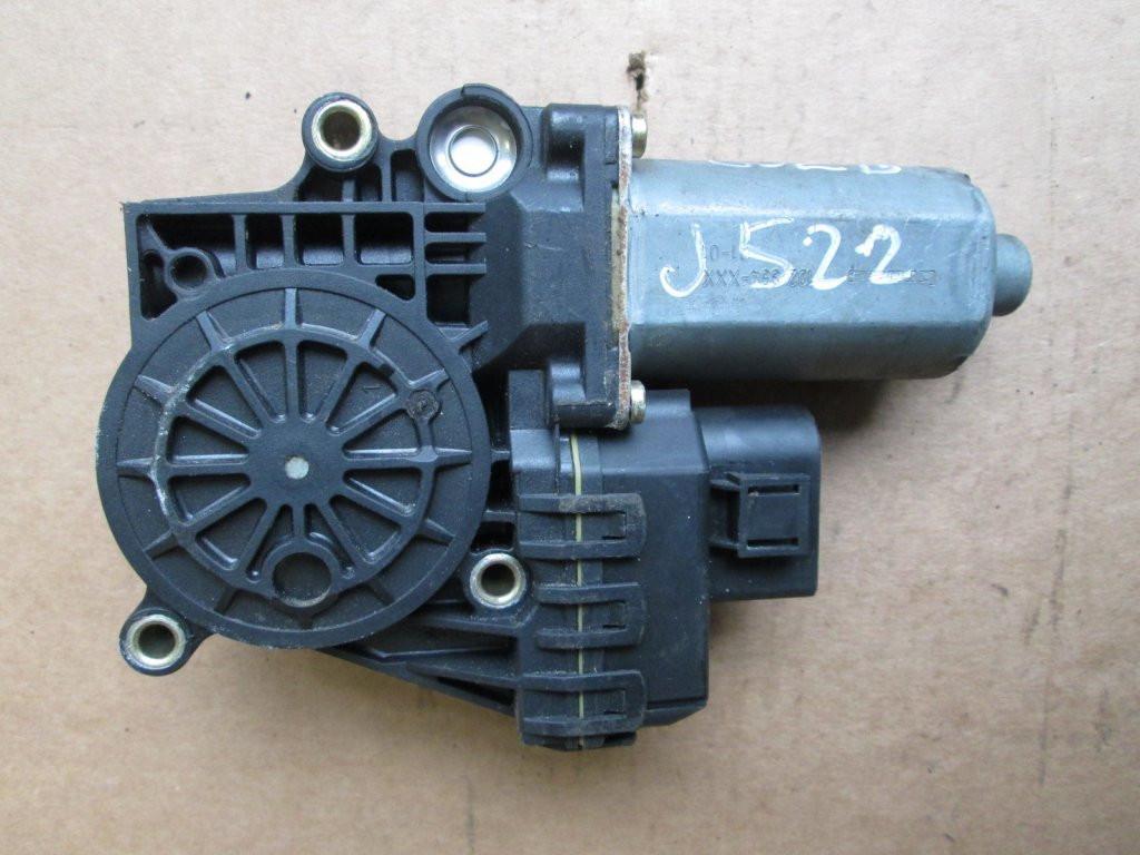 Моторчик стеклоподъемника перед Audi A6 C5 98-05