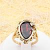 002-1781 - Красивый позолоченный перстень с тюльпаном и каплевидным красным фианитом, 17.5, 18, 18.5 р.