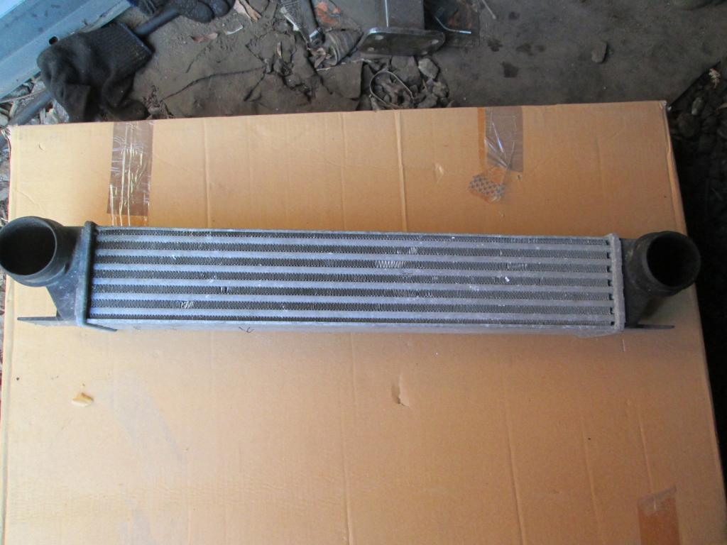Интеркулер радиатор BMW 5 E39 7 E38 2.0 2.5 3.0 D