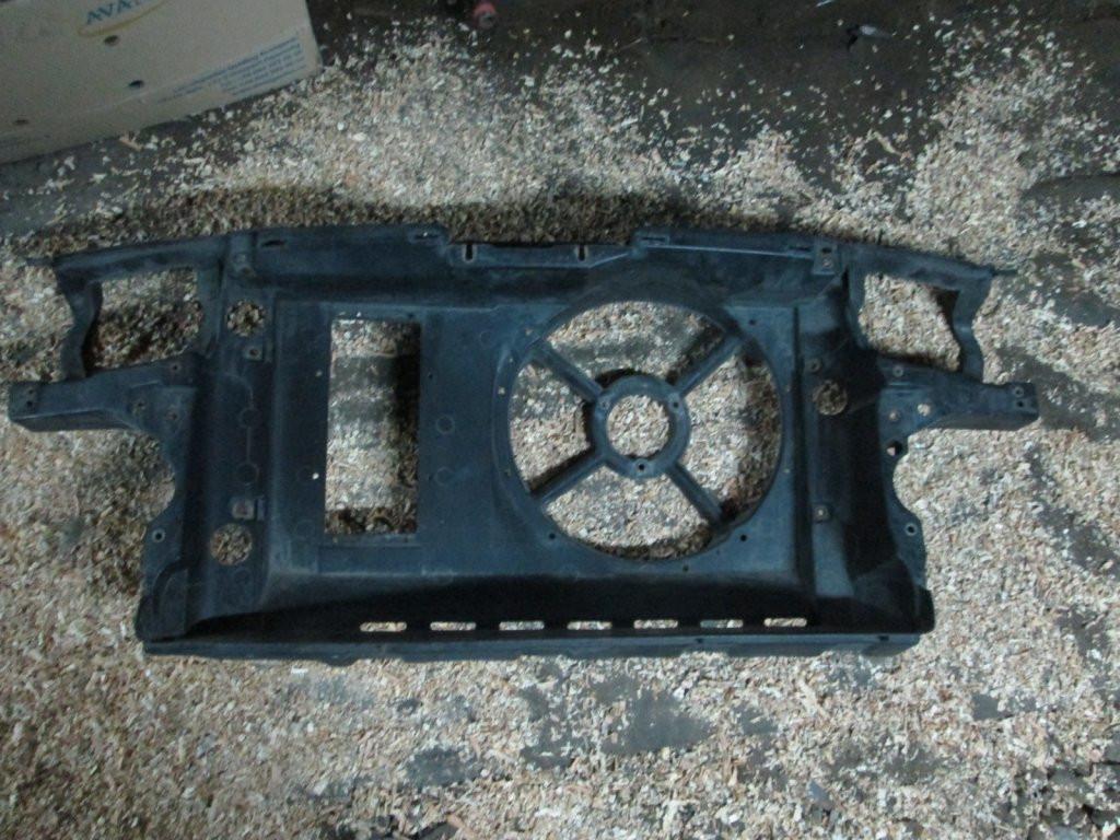 Передняя панель телевизор VW Golf 3 Vento 1.4 1.6