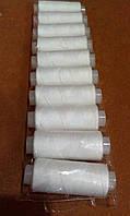 Набор швейных нитей белая