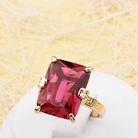 002-1805 - Эффектный позолоченный перстень с крупным рубиновым фианитом, 17.5 р.
