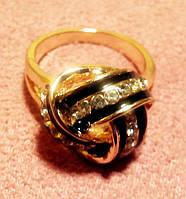 Кольцо женское покрытое золотом 9k. Размер 15,5 мм