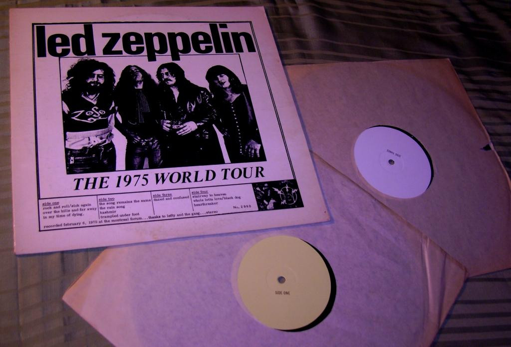 Led zeppelin  THE 1975 WORLD TOUR 2LP EX++/~NM/~NM
