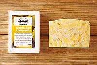 Органическое оливковое мыло ручной работы Лимон & Ромашка (The Natural Workshop), 145g., Греция