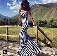 Длинное  платье в пол в полоску на одно плечо