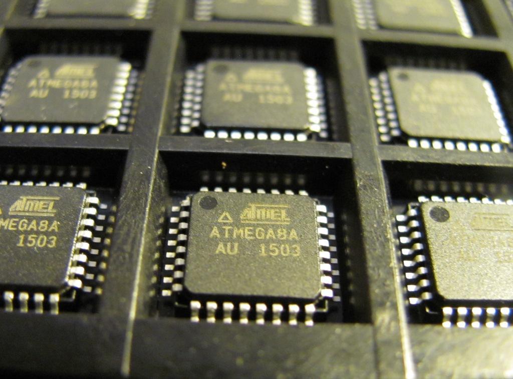 Мікроконтролер ATMEGA8A-AU TQFP32