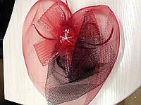 Шляпка черно-красная с вуалью: украшение для волос