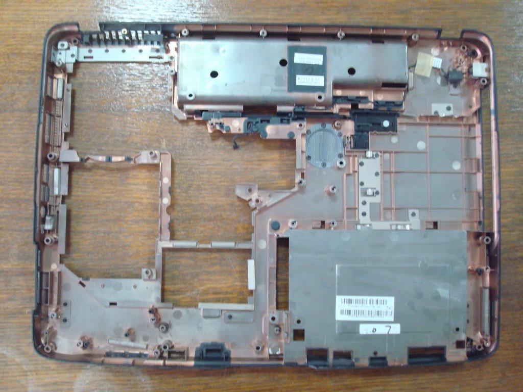 Нижняя часть корпуса ноутбука Acer 7520g