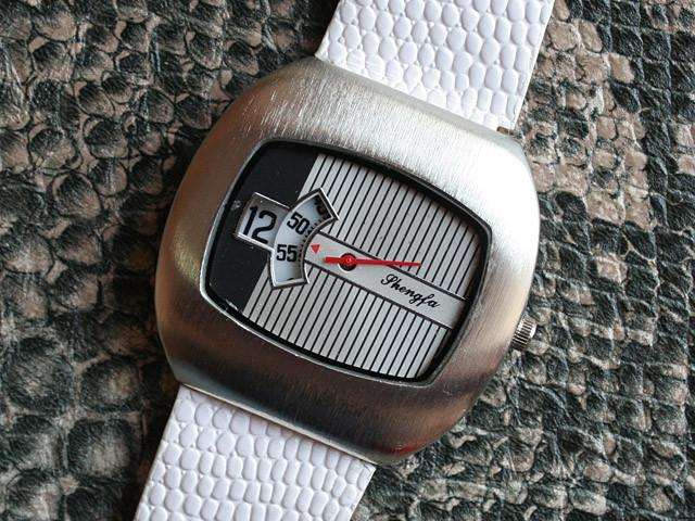 Суперстильные часы в ретро стиле РАСПРОДАЖА