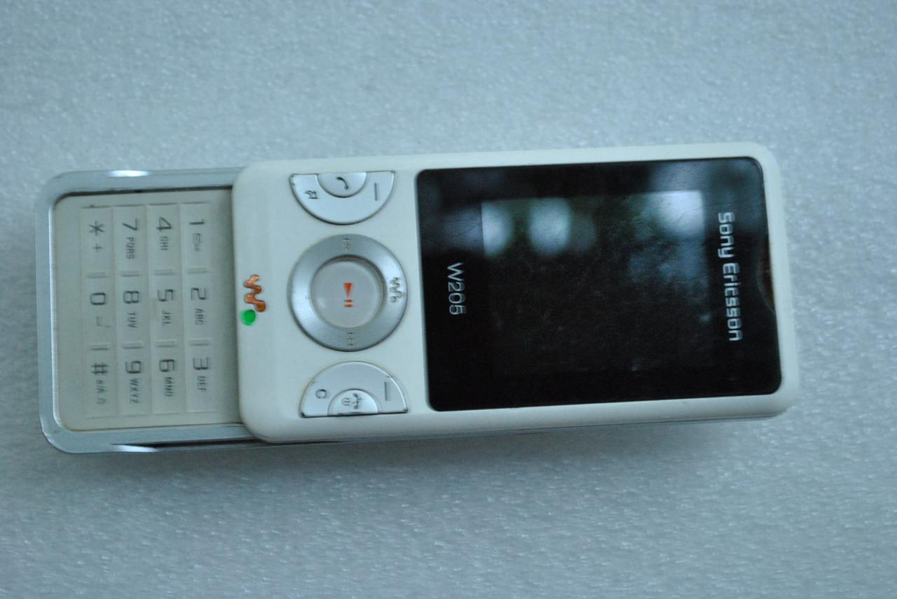 Sony Ericsson W205 не работает микрофон