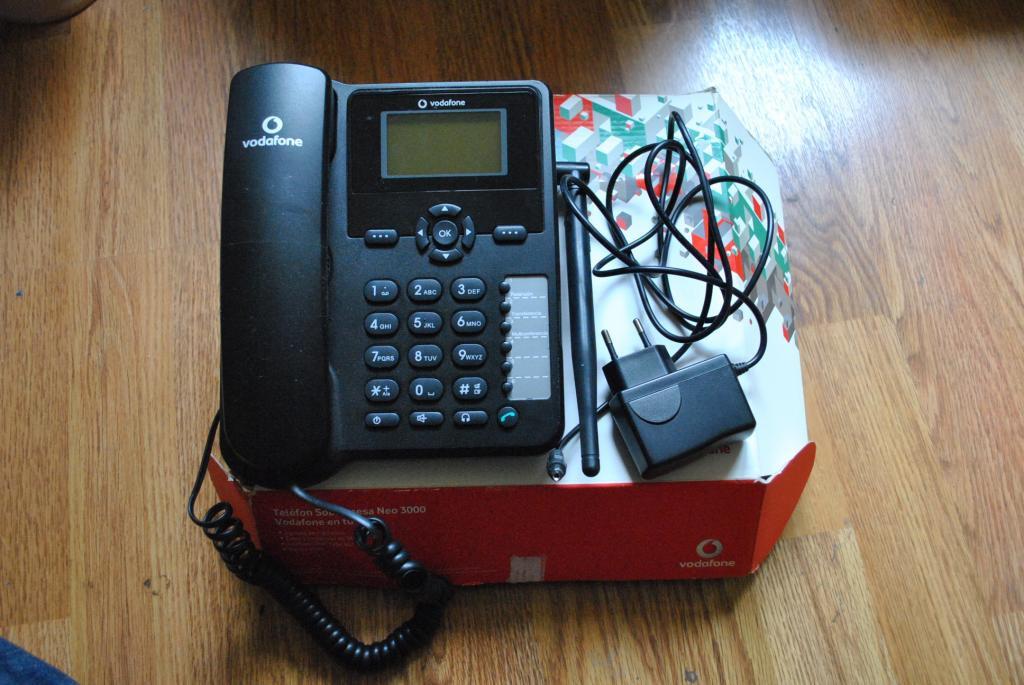 Беспроводной телефон Vodafone Huawei Neo 3000