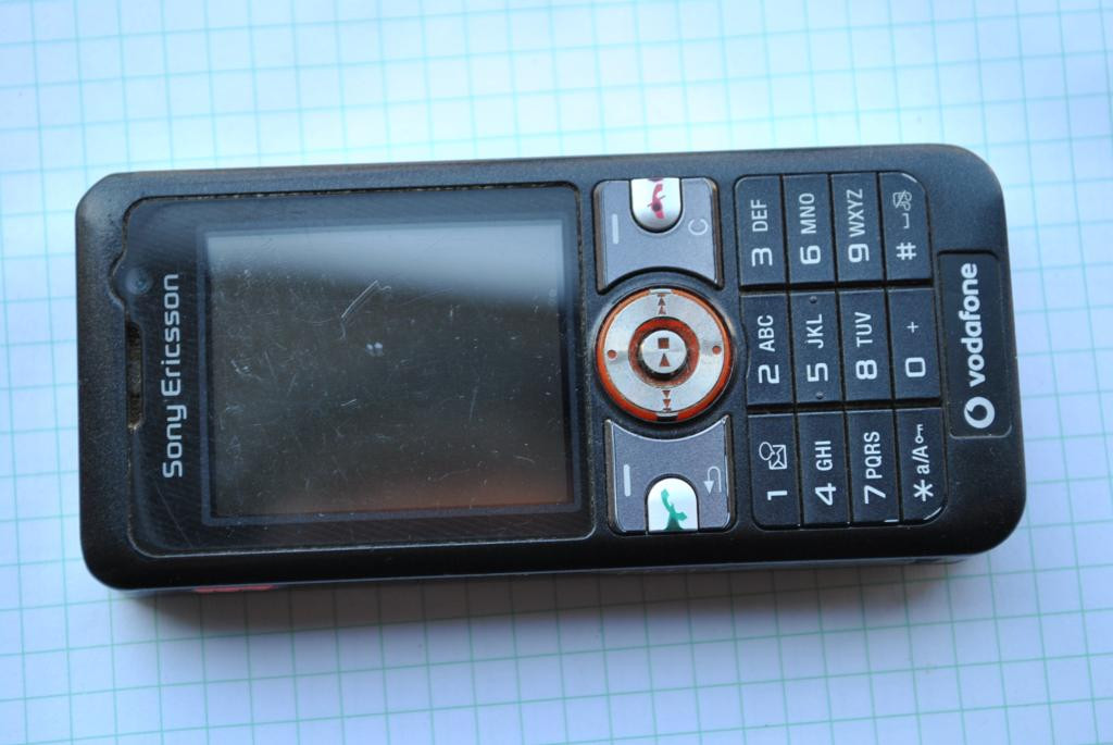 Sony Ericsson V630i читаем описание