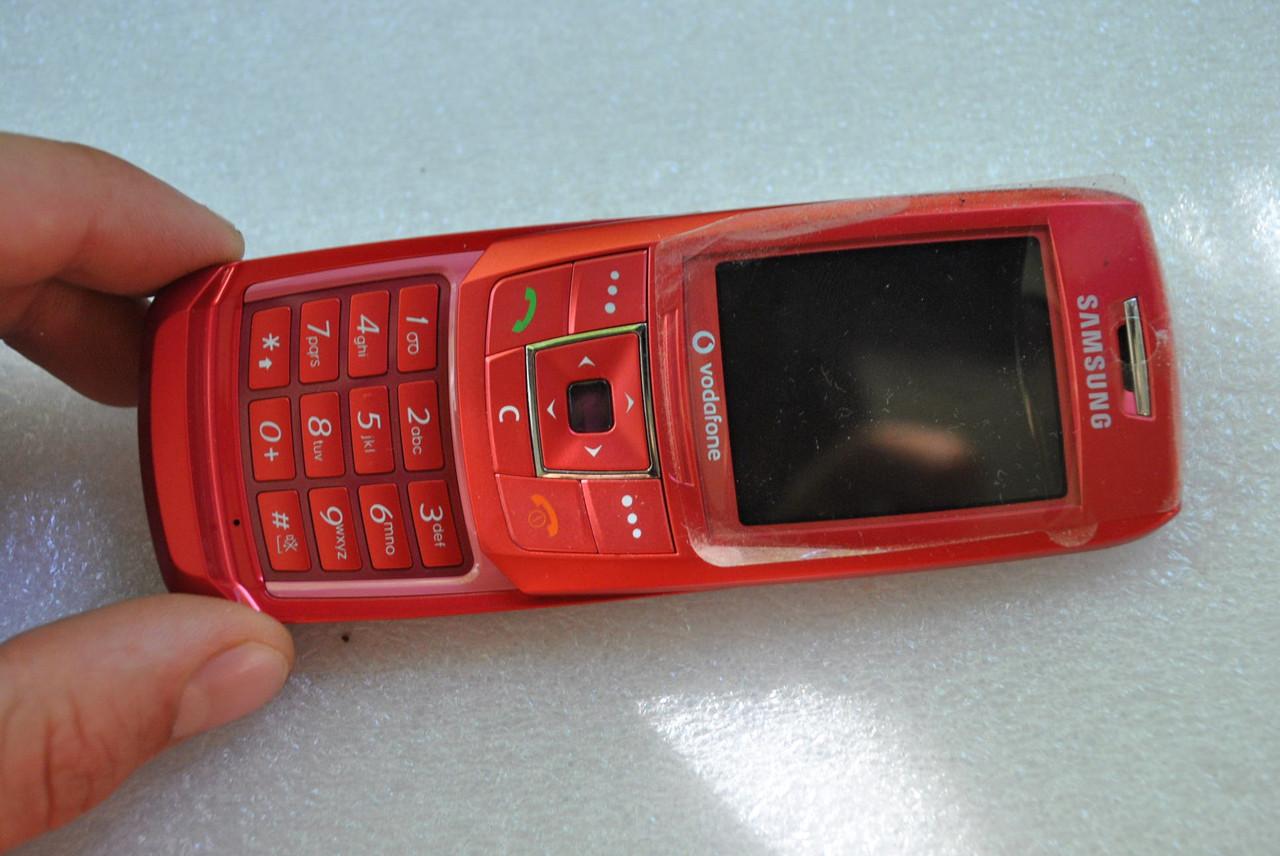 Samsung E250 без батареи ,без задней крышки