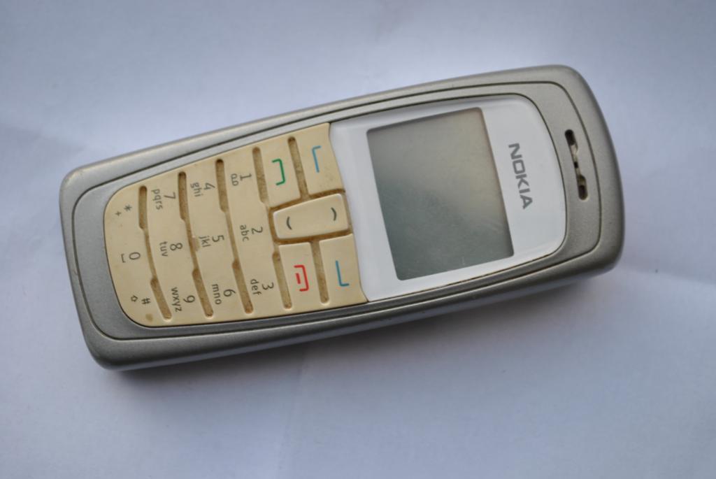 Nokia 2112 CDMA