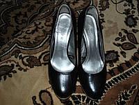 Женские туфли на каблуке 38 размер 24,5 см