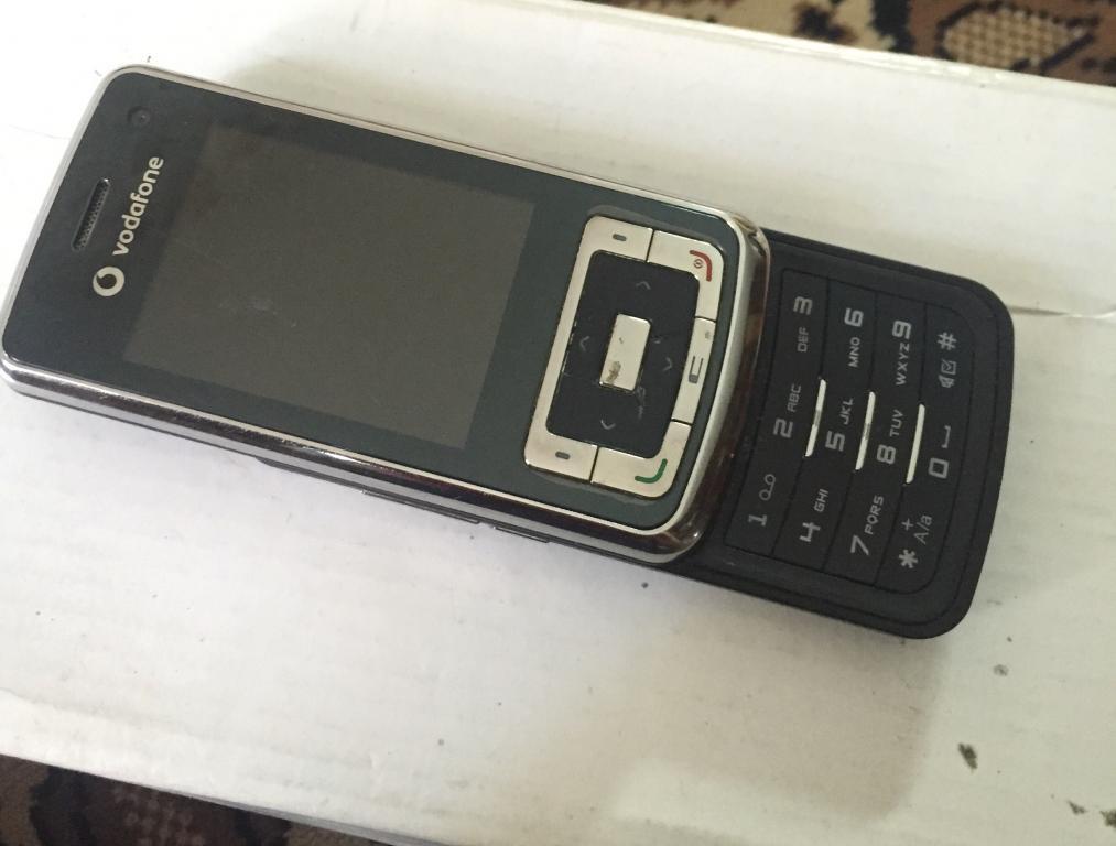 Мобильный тел Vodafone 810 на запчасти или под вос