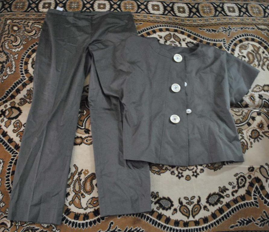 Женский костюм Sintesis ( цвет хаки ) р. 48-50