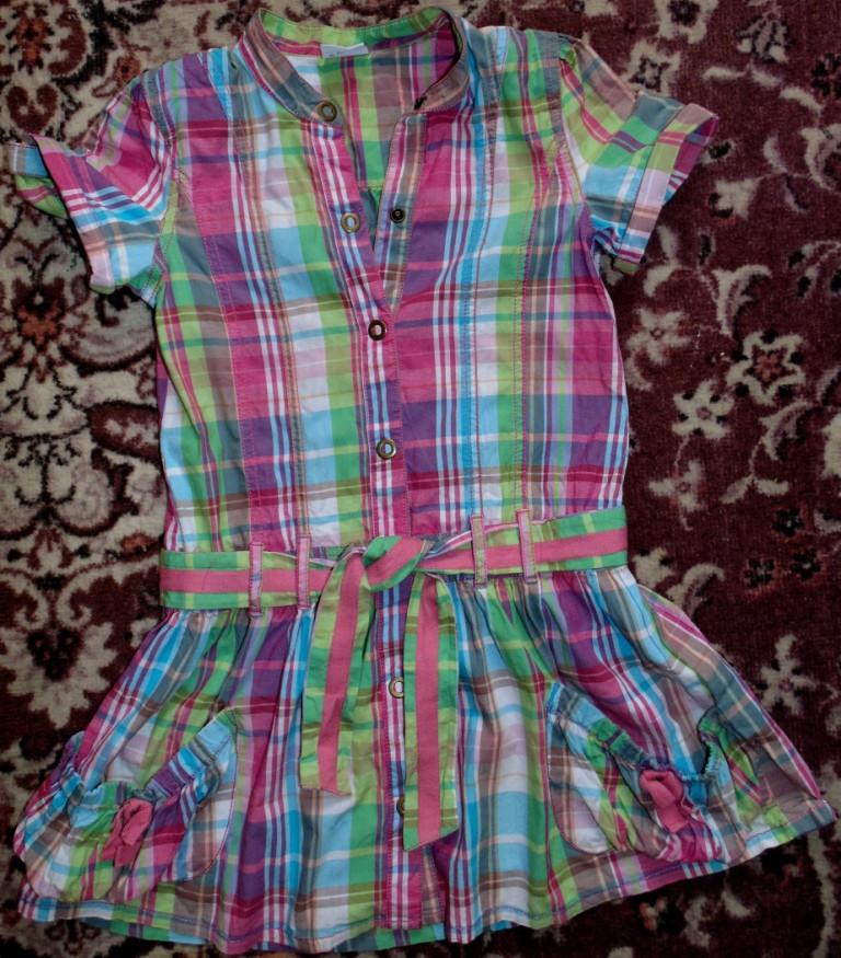 Яркое фирменное хлопковое платье на 6-9 лет.Индия