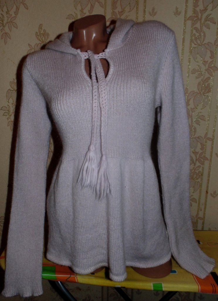 Теплый мохеровый свитер с капюшоном 50-52р