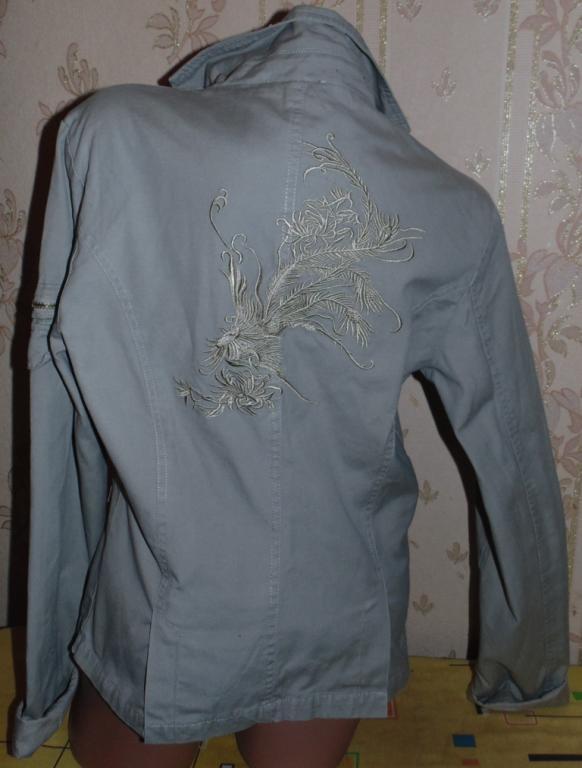 Модная серая ветровка-пиджак 46-48р