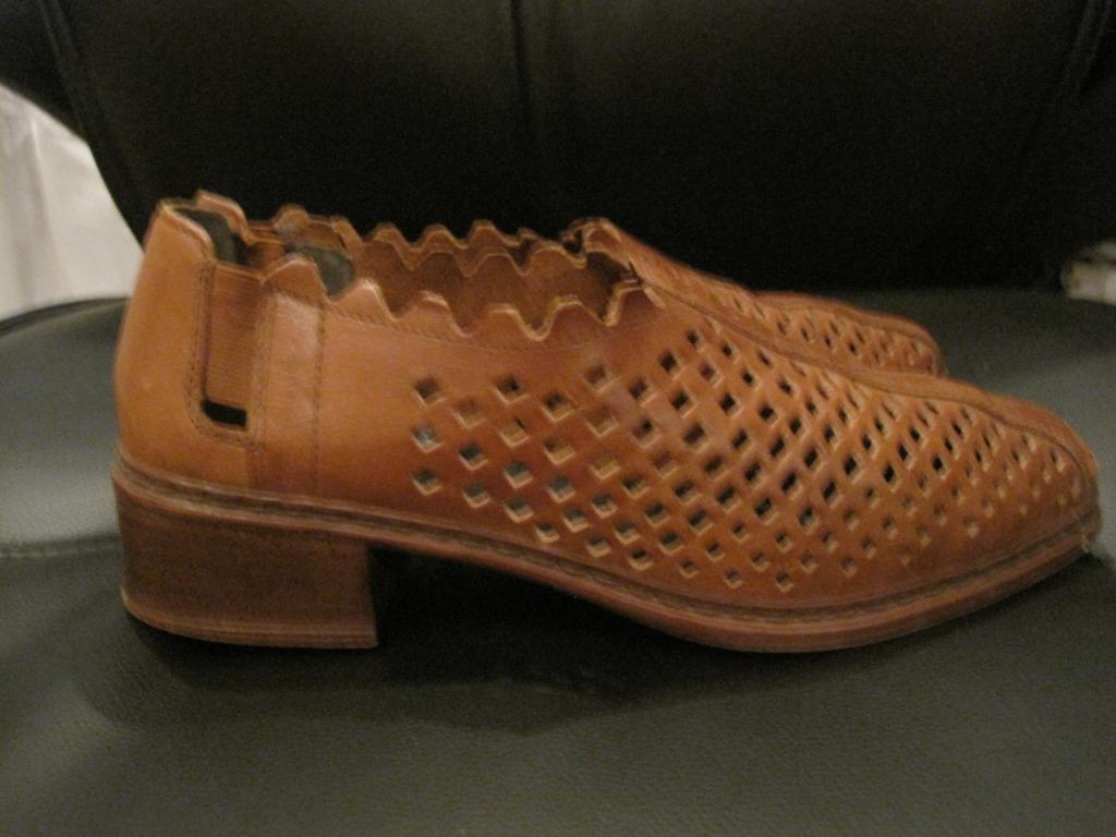 Кожаные туфли с перфорацией. Испания