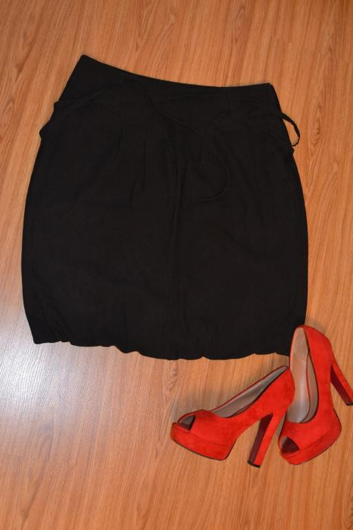 "Черная юбка - ""бочечка"" с двумя карманам"