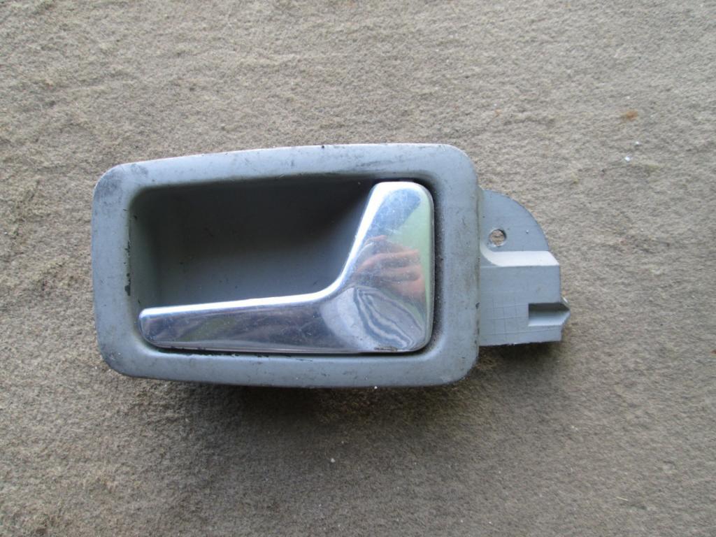 Ручка двери внутренняя правая Audi A8 D2 94-99
