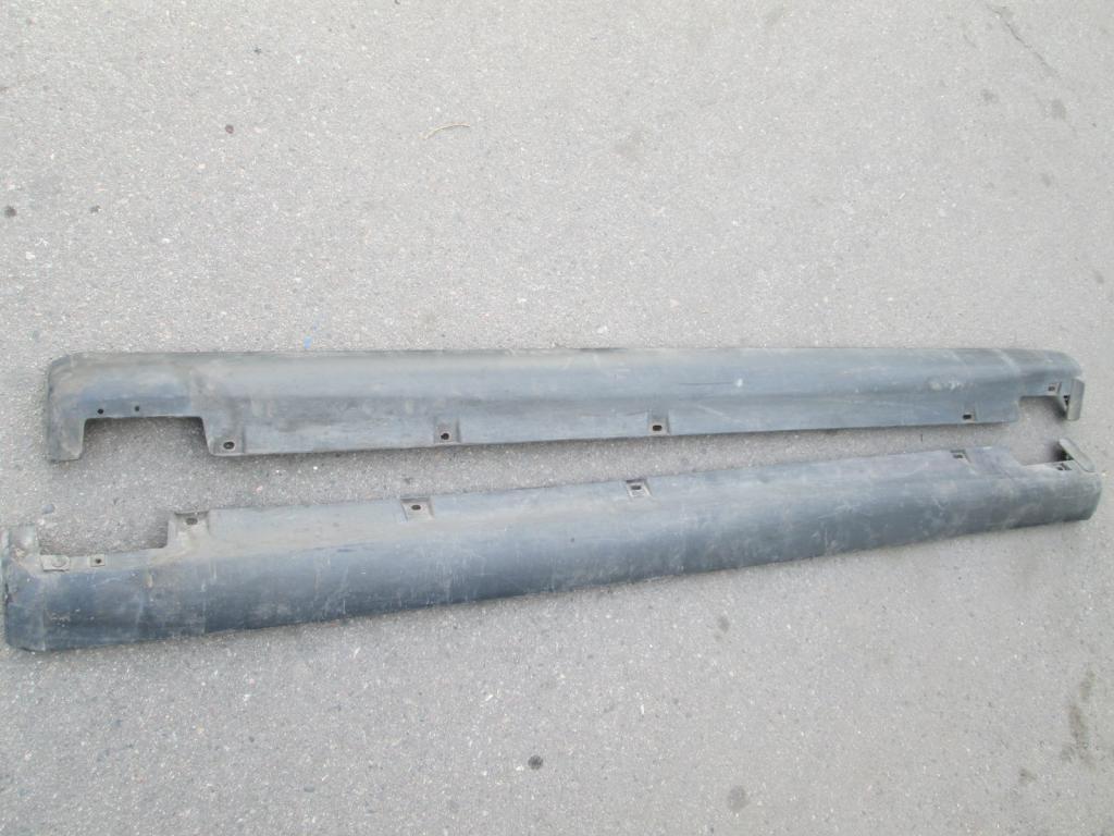 Накладка порог пластиковый Mazda Xedos 6