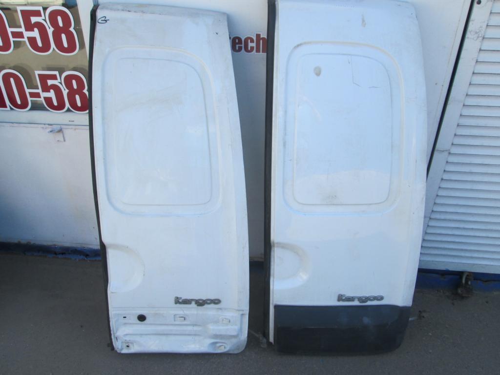 Дверь распашная задняя правая Renault Kangoo 97-07