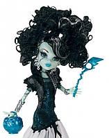 Кукла Monster High Ghouls Rule Frankie Stein Doll