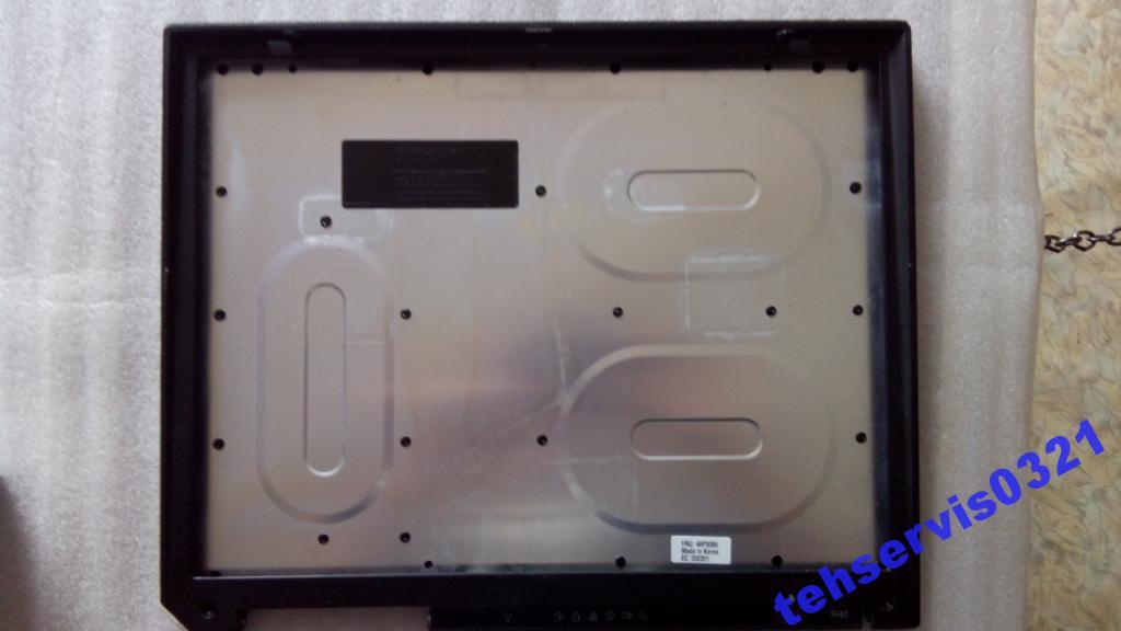 Рамка + крышка матрицы IBM R40