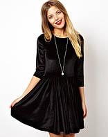 Велюровое расклешенное платье черного цвета
