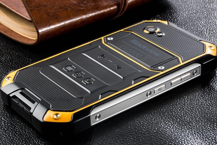 2/16ГБ/13мп Защищенный смартфон Blackview BV6000S