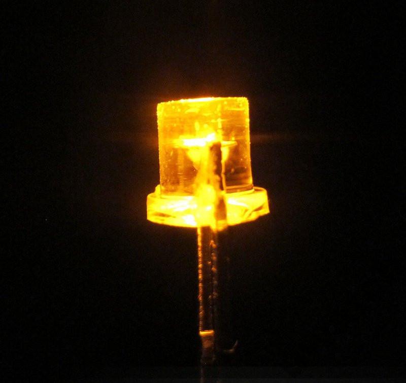 СВЕТОДИОД LED 3mm ЖЕЛТЫЙ FLAT ПЛОСКАЯ ЛИНЗА 50 шт.
