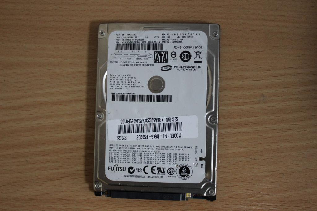 Жесткий диск 2,5 Sata Fujitsu 320GB нерабочий #166