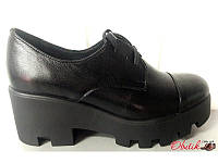 Туфли женские кожаные на высокой подошве на шнурке Uk0316
