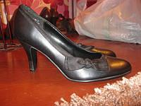 РОЗПРОДАЖА!!!Туфли с атласным бантом