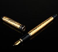 Чернильная ручка Picasso 901 в оригинальной подарочной упаковке.Иридиевое перо 0.5