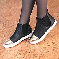 Ботинки женские демисезонные Essia черные с золотом, осенняя обувь