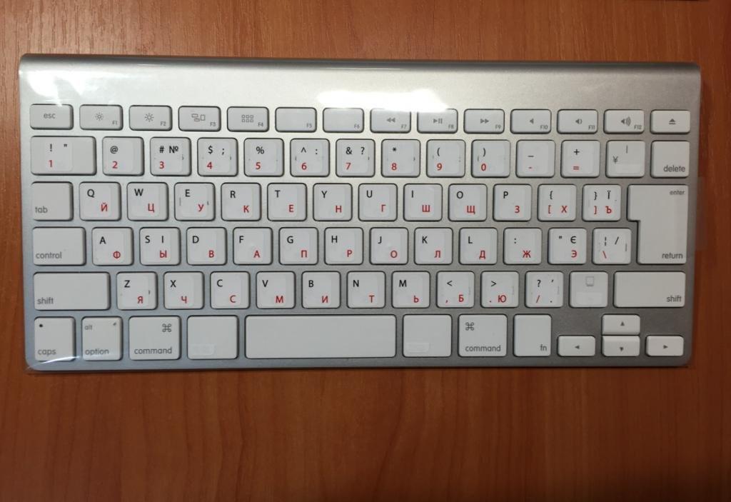 Беспроводная клавиатура Apple Keyboard (RUS)
