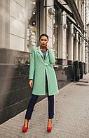 Женское шерстяное пальто с брошкой