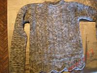 Теплый шерстяной свитер на девочку