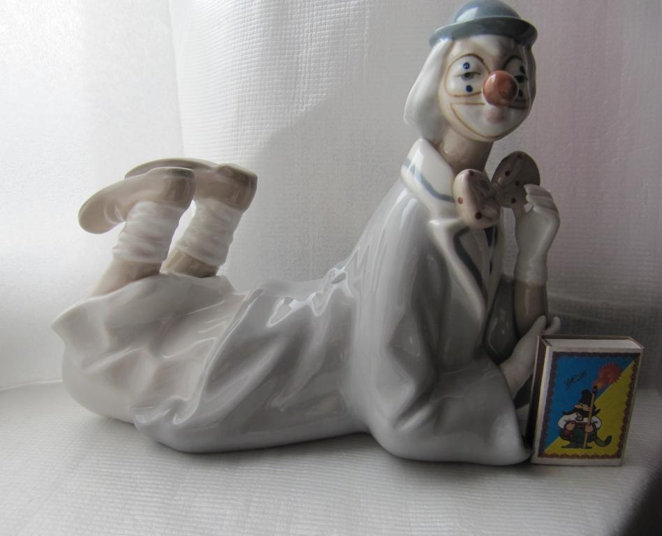 Фарфоровая статуэтка Клоун Casades Made in Spain