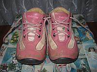 Шкіряні черевички Geox 22розміру.