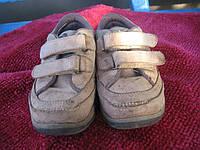 Шкіряні кросівки Chicco 24 розміру.