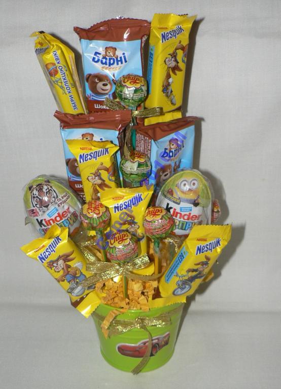 """Букет из конфет подарок для детей """"Ведерко"""