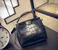 Женская сумка реплика Fendi крокодил черный